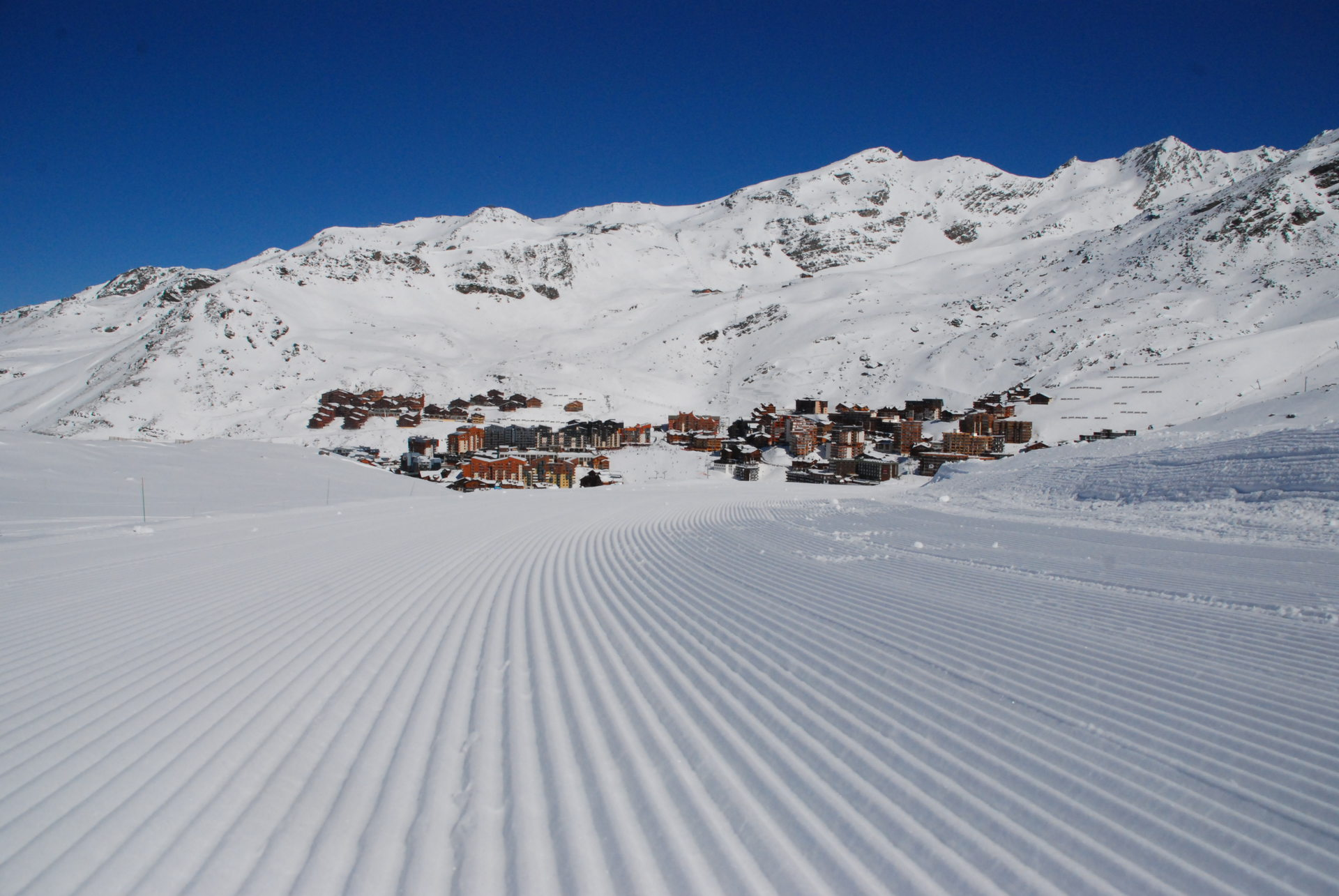 BOOK AN APARTMENT 5 PERSONS FOR THE KICK OFF OF THE WINTER SKI SEASON