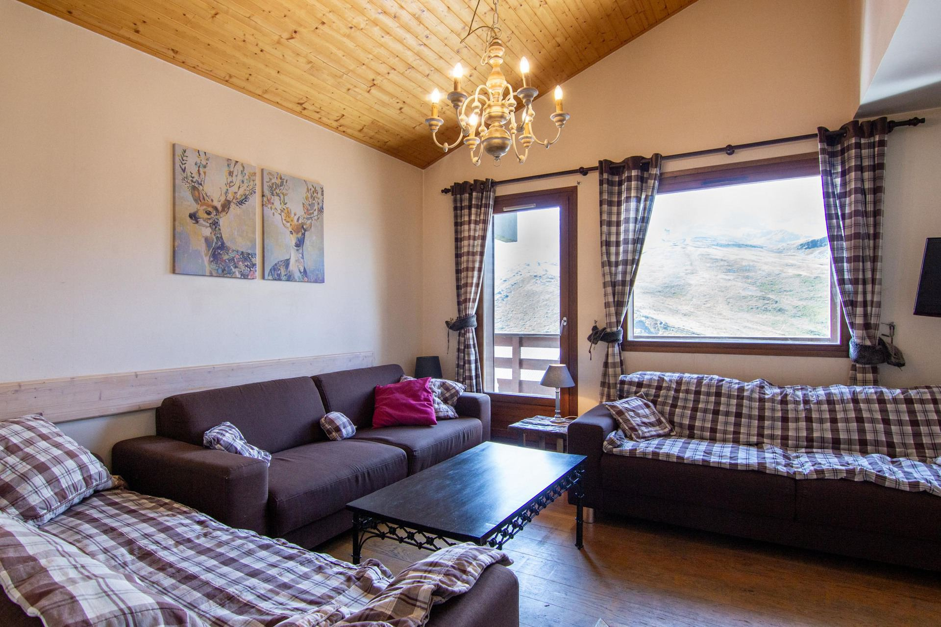 rent apartment in 3 valleys