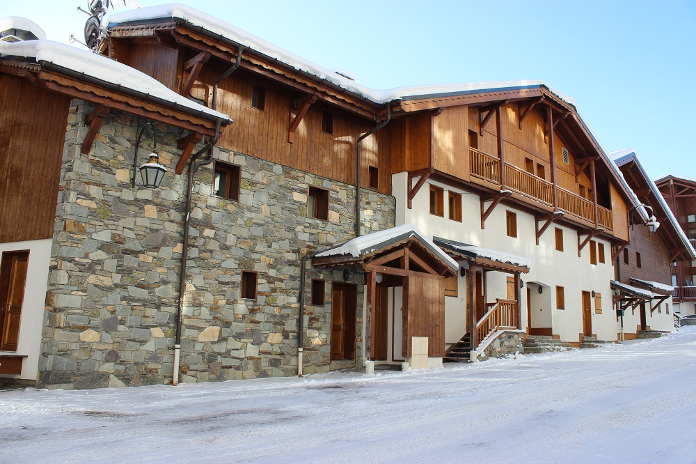 location val thorens 5 pi 232 ces 5 pi 232 ces cabine r 233 sidence chalet selaou 410037